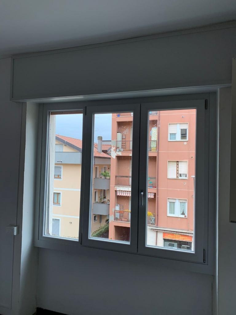finestra tre ante monza